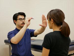 脳神経系(対光反射)テスト